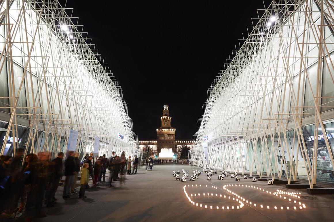 Italy_Milano_Expogate_on_Gabriele_Ruffato